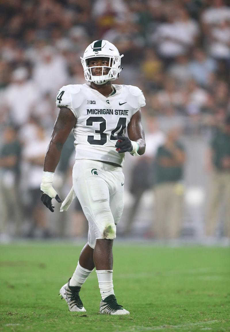 Michigan State Spartans linebacker Antjuan Simmons (34) against the Arizona State Sun Devils at Sun Devil Stadium.