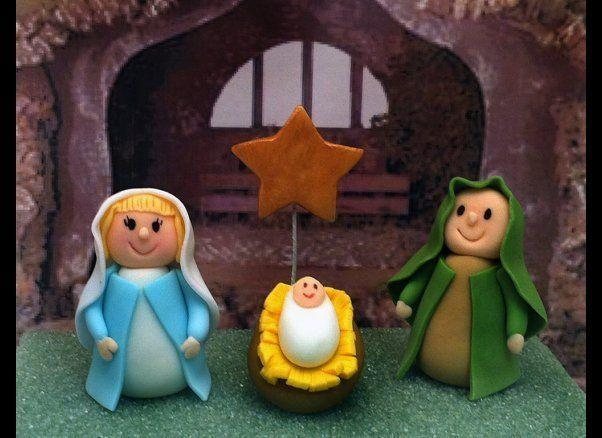 "There's only one word for these <a href=""http://www.etsy.com/shop/craftyrosy?ref=l2-shopheader-name"" target=""_blank"">yummy-looking nativity characters</a> made from frosting: Relicious!"
