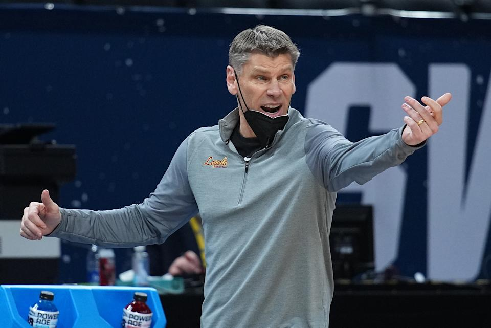Porter Moser of the Loyola Ramblers reacts against Oregon State in the Sweet 16 round of the 2021 NCAA tournament on March 27. (Jack Dempsey/NCAA Photos via Getty Images)