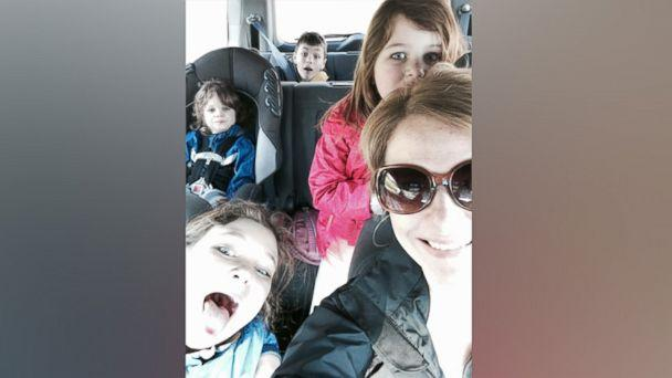 PHOTO: Liz Petrone, of Syracuse, New York, poses with her four children in this family photo. (Courtesy Liz Petrone)