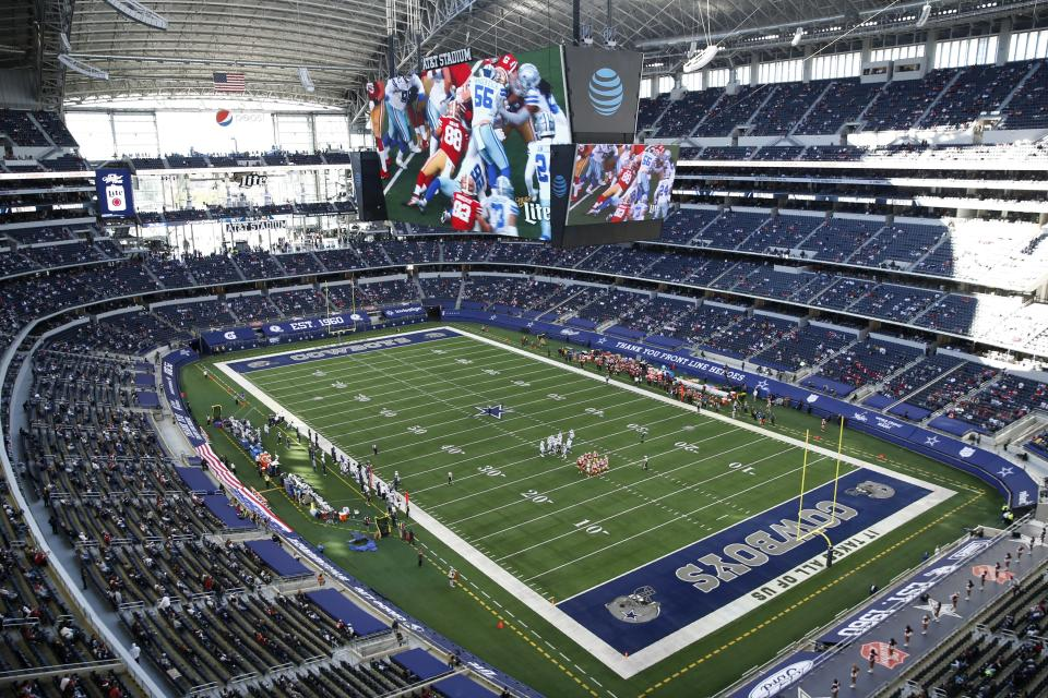 The San Francisco 49ers play the Dallas Cowboys in the second half of an NFL football game at AT&T Stadium in Arlington, Texas, Sunday, Dec. 20, 2020. (AP Photo/Roger Steinman)