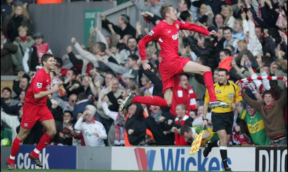Peter Crouch, pursued by Steven Gerrard, celebrates scoring Liverpool's winner against Manchester United in 2006