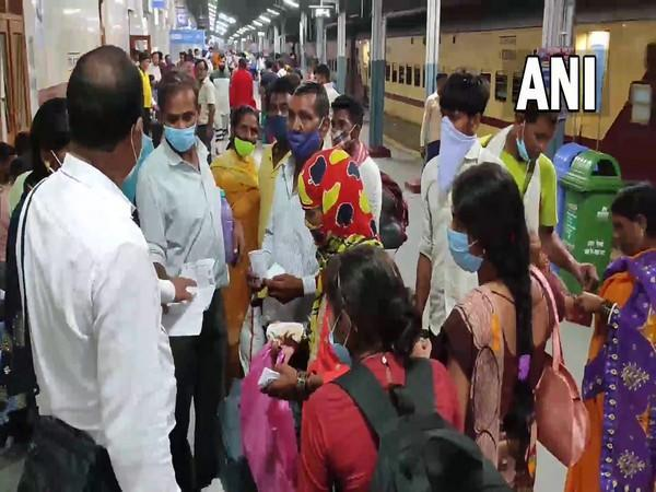 A visual from the Moradabad Railway Station after trains were cancelled due to ongoing farmers protest. [Photo/ANI]