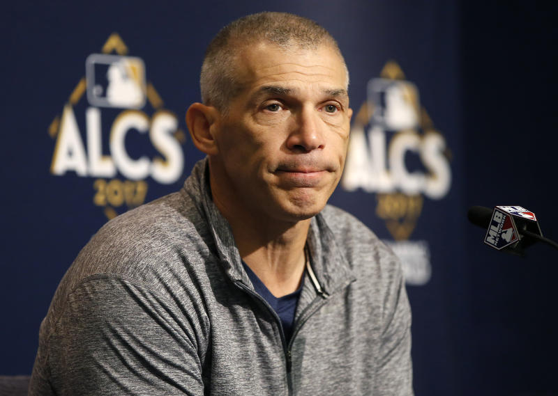 Ex-Yankees manager Joe Girardi will join MLB Network as an analyst for the 2018 season. (AP)