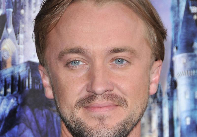 Harry Potter : Tom Felton (Drago Malfoy) et son masque en hommage à la saga
