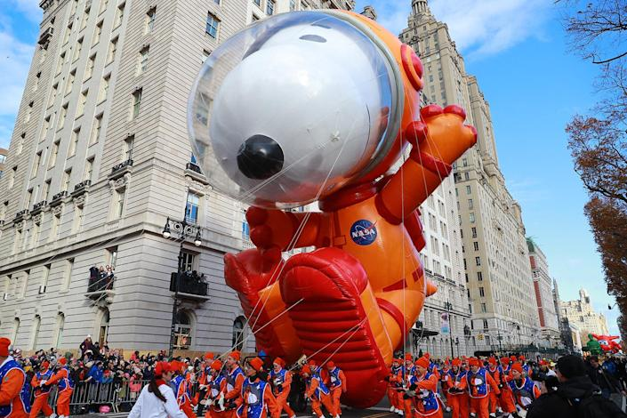 The world's most beloved beagle is getting an out-of-this-world makeover for 2019. Decked out in astronaut gear, the newest Snoopy balloon design marks the eighth version of Charles M. Schulz's treasured comic character and honors the 50th anniversary of the moon landing and future space missions. (Photo: Gordon Donovan/Yahoo News)