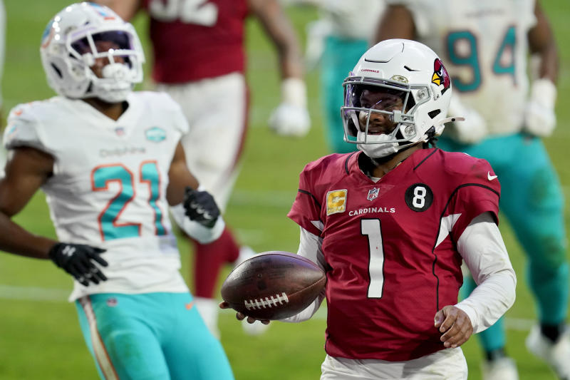 Arizona Cardinals quarterback Kyler Murray (1) runs for a touchdown as Miami Dolphins free safety Eric Rowe (21) defends during the second half of an NFL football game, Sunday, Nov. 8, 2020, in Glendale, Ariz. (AP Photo/Ross D. Franklin)
