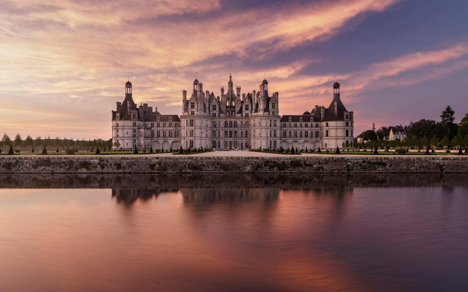 Dawn at the châteaux of Chambord - Julian Elliott Photography/Getty