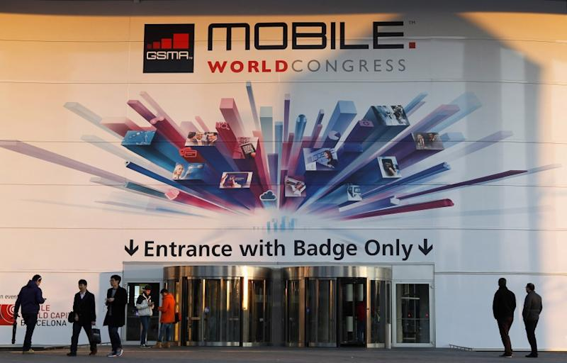 iPhone 6, Galaxy S5, Nexus 6 - Which Smartphone to Buy in 2014
