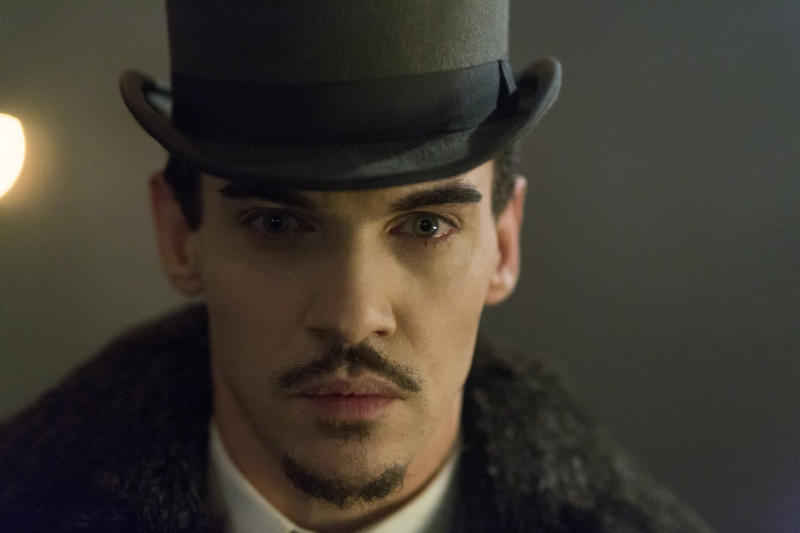 Jonathan Rhys Meyers takes a bite out of 'Dracula'