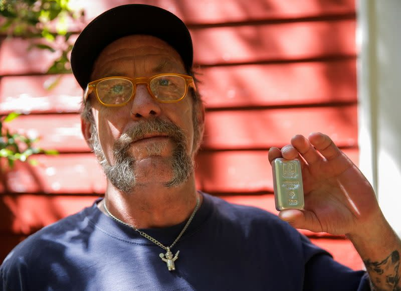 Reddit user and silver investor Kraker shows his silver in Seattle