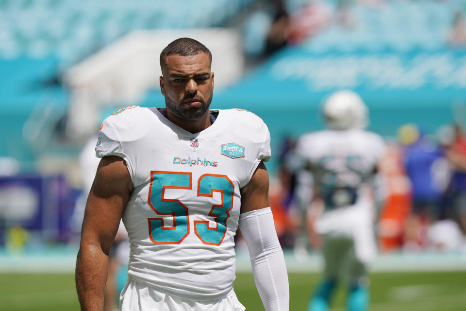 Miami Dolphins middle linebacker Kyle Van Noy (53) warms up before an NFL football game.