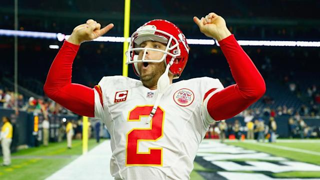Dustin Colquitt can surpass Will Shields for most games played in Chiefs history