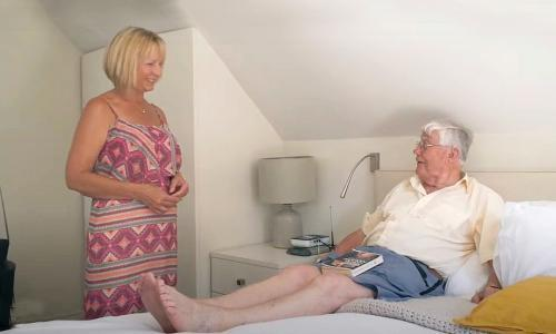 As UK care homes face a Covid second wave, families are seeking alternatives