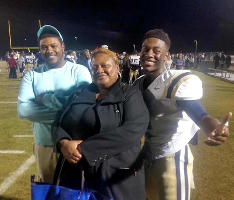 Vari Benson (pictured with mom Lekesha and younger brother) feared hospitals, which is one reason Lekesha knew something was seriously wrong when he asked to go to one after collapsing with chest pain. (Courtesy of Lekesha Benson)