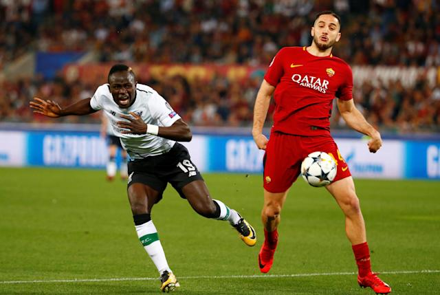 Soccer Football - Champions League Semi Final Second Leg - AS Roma v Liverpool - Stadio Olimpico, Rome, Italy - May 2, 2018 Liverpool's Sadio Mane in action with Roma's Konstantinos Manolas REUTERS/Tony Gentile