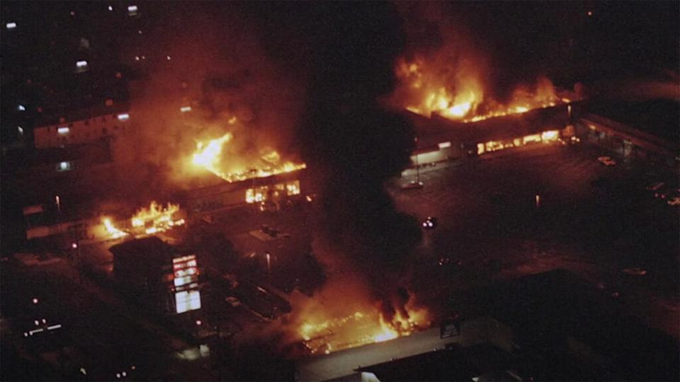 In 1992, parts of Los Angeles erupted with anger after four white police officers who were filmed beating motorist Rodney King with batons were acquitted of assault. (Photo: PBS NewsHour/YouTube)