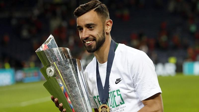 Sporting CP and Portugal midfielder Bruno Fernandes has signed with EPL side Manchester United