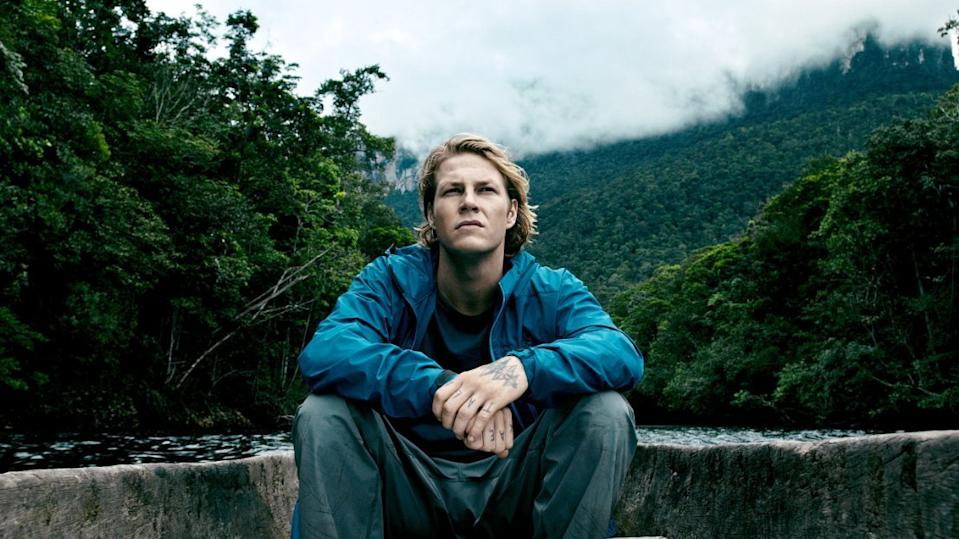 Luke Bracey Grew Up Idolizing Johnny Utah Now He Plays Him In Point Break
