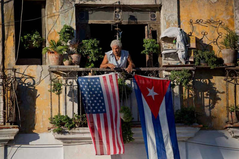 Trump keeps much of Obama's Cuba policy