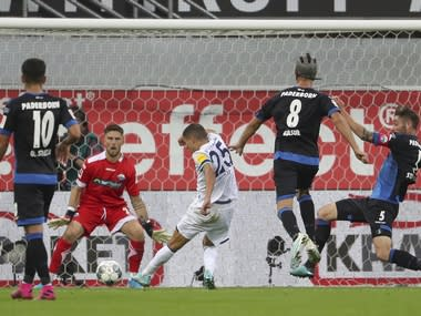 Bundesliga: Schalke score five past hapless Paderborn; Freiburg leapfrog Bayern Munich into third spot with win