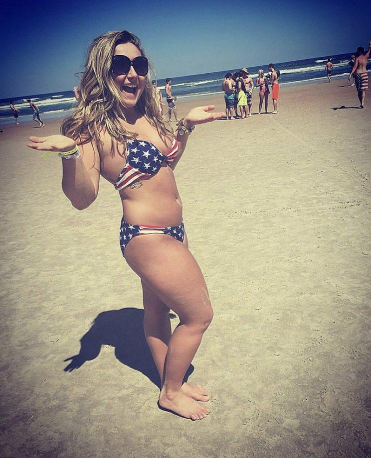 Women are clapping back at fat shamers who say only women of a certain weight should wear bikinis. (Photo: kelkochmann/Twitter)
