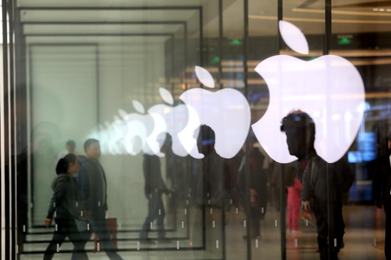 There's a new Apple analyst on Wall Street and he doesn't love the stock