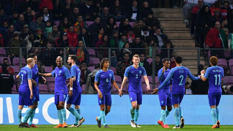 Portugal 0 Netherlands 3: Kluivert makes debut in Koeman's first win