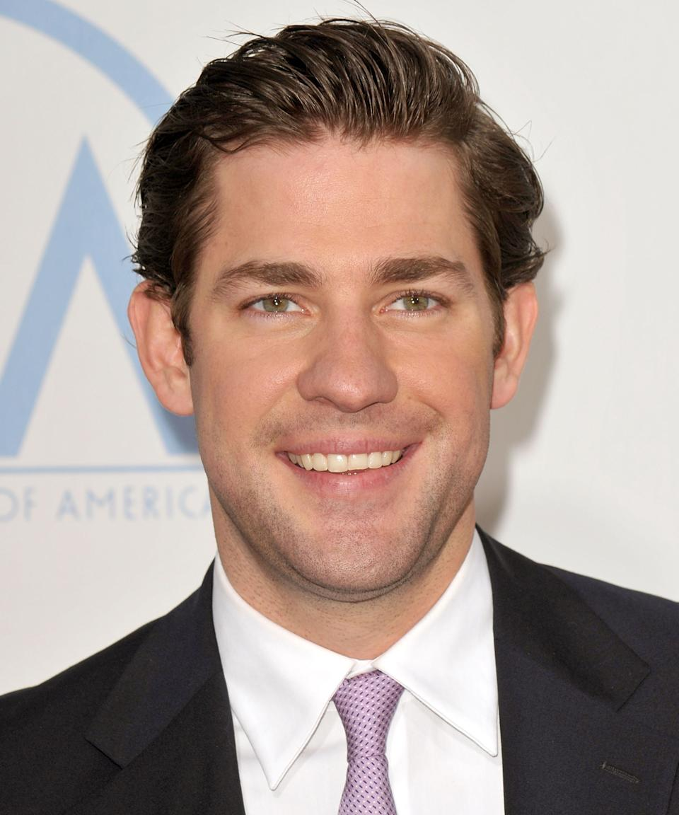 """<strong><h2>2009</h2></strong> Stubble, casual flow, and tons of volume: Krasinski officially has — some — swag by 2009. <span class=""""copyright"""">Photo: John Shearer/WireImage.</span>"""