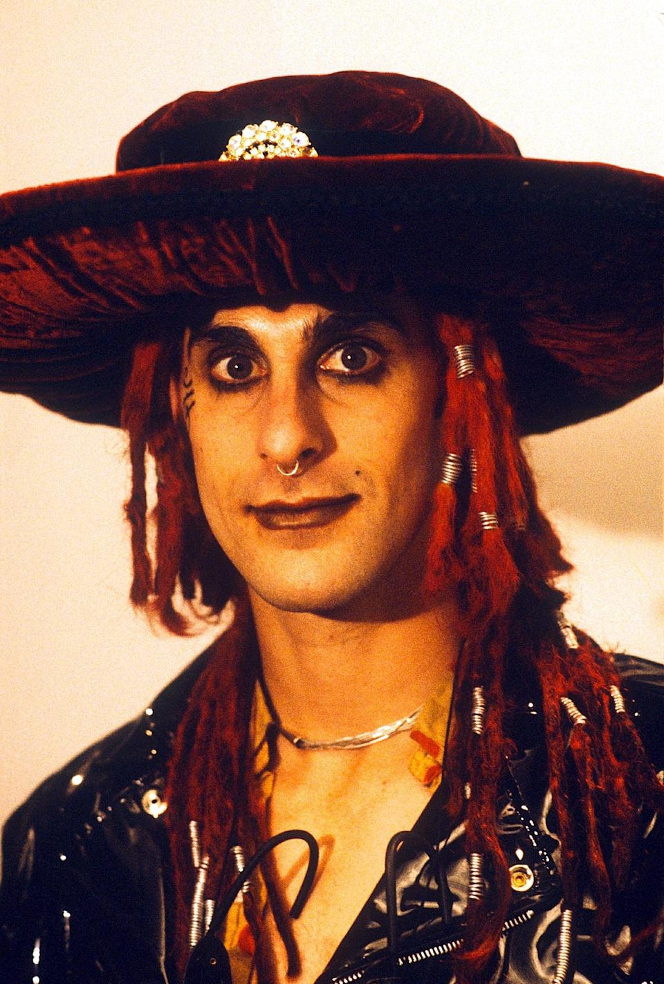 Perry Farrell in the '90s. (Photo: Brian Rasic/Getty Images)