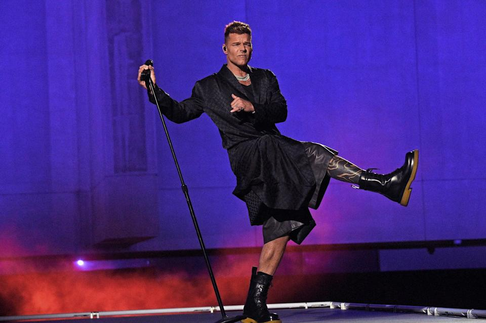 <p>Ricky made his all-black ensemble look classic as he performed on his own stage.</p>