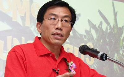 SDP chief Chee Soon Juan speaks up about Cabinet changes. (Yahoo! photo/Faris Mokhtar)