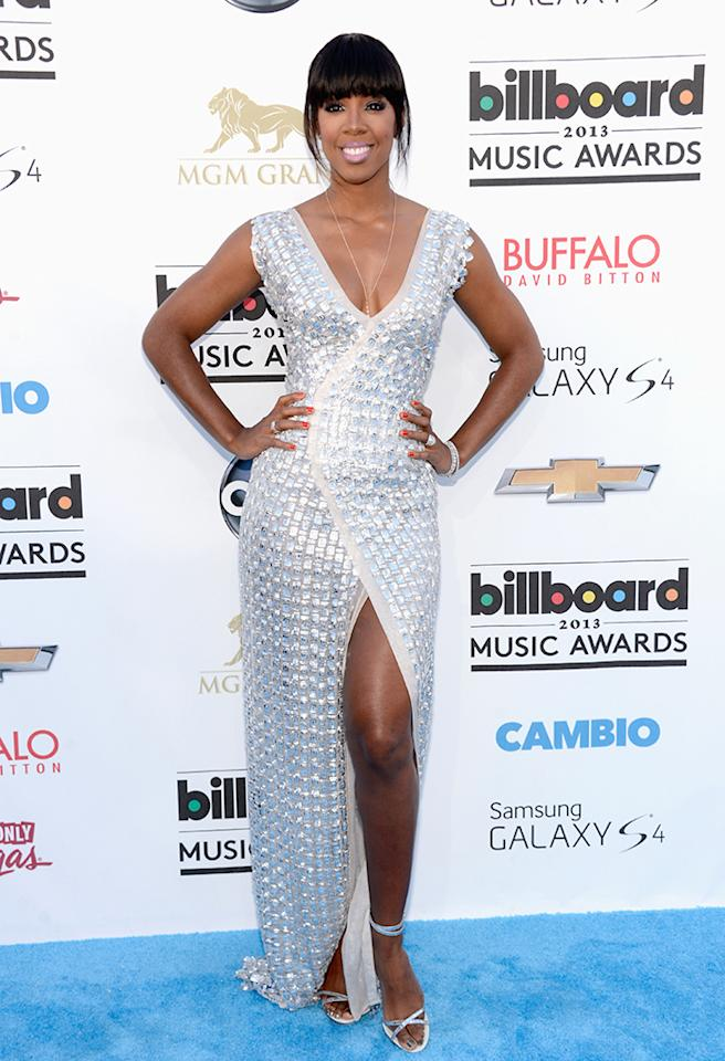 LAS VEGAS, NV - MAY 19:  Singer Kelly Rowland arrives at the 2013 Billboard Music Awards at the MGM Grand Garden Arena on May 19, 2013 in Las Vegas, Nevada.  (Photo by Kevin Mazur/WireImage)