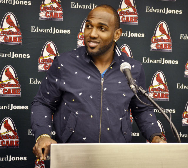 "New Cardinals outfielder <a class=""link rapid-noclick-resp"" href=""/mlb/players/9385/"" data-ylk=""slk:Marcell Ozuna"">Marcell Ozuna</a> is happy with his new home. (AP)"