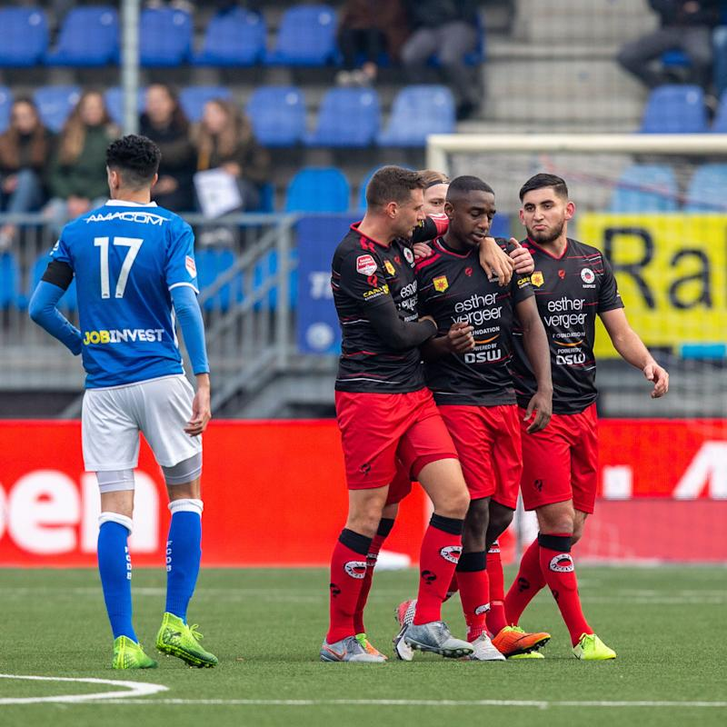 DEN BOSCH, 17-11-2019, Sportpark De Vliert, football season 2019 / 2020, Dutch Keuken Kampioen Divisie, Den Bosch - Excelsior, players leave the field due to rasitic cries from the stands FC Den Bosch player Oussama Bouyaghlafen(L) Excelsior player Ahmad Mendes Moreira(M) during the match Den Bosch - Excelsior (Photo by Pro Shots/Sipa USA)