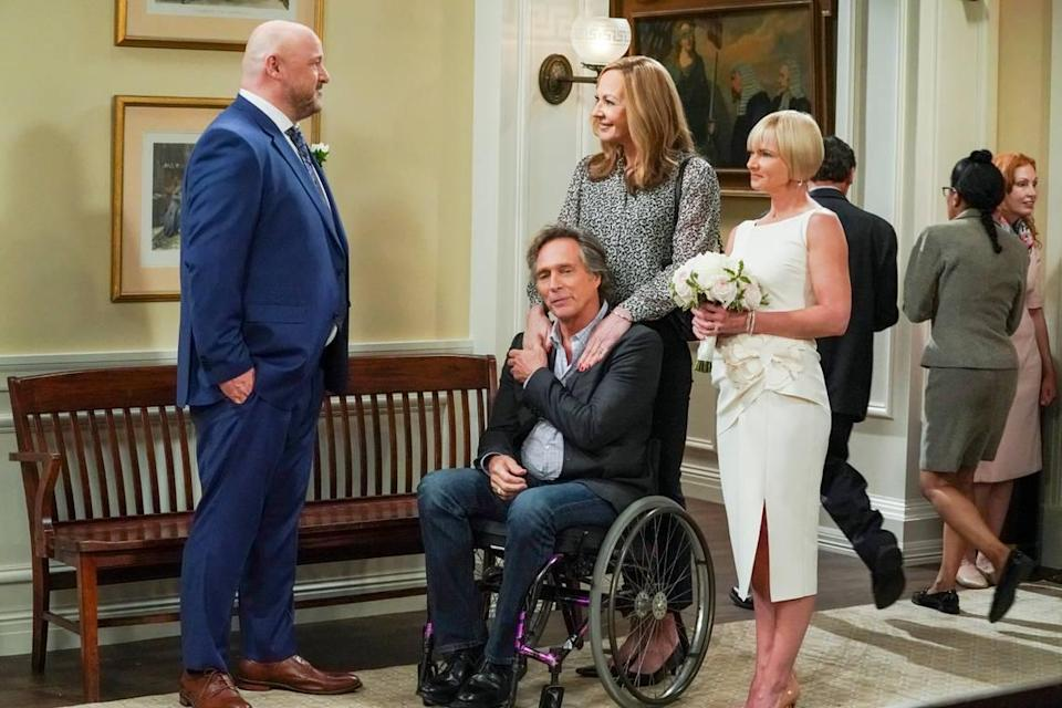 """(L-R): Will Sasso as Andy, William Fichtner as Adam, Allison Janney as Bonnie and Kinston, NC native Jaime Pressly as Jill in the series finale of """"Mom"""" on CBS."""