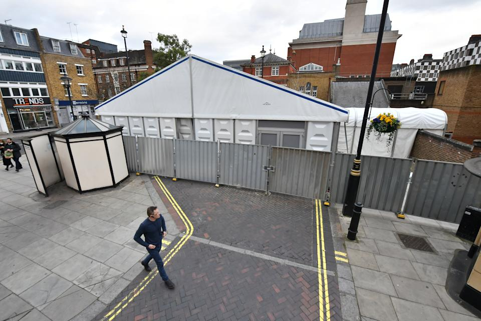A temporary mortuary extension has been erected outside Westminster Coroners Court in London. (Picture: PA)