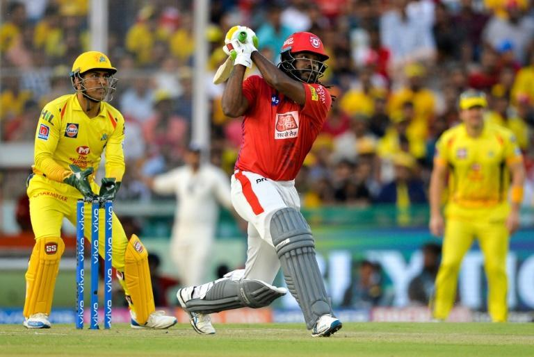 Chris Gayle (C) during holds the record for sixes in the IPL