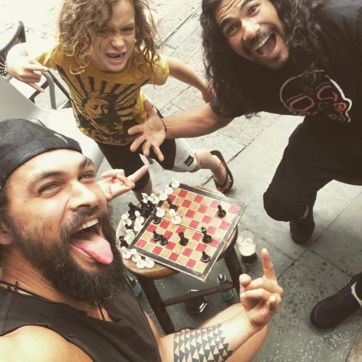 JJason Momoa and his son, Nakoa, are obsessed with chess. (Photo: Instagram)