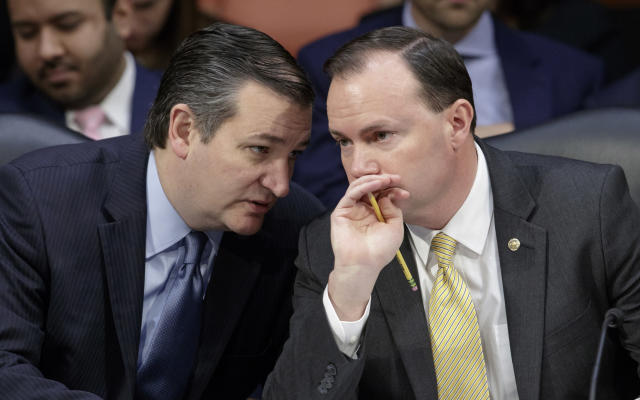 """<span class=""""s1"""">Ted Cruz and Mike Lee confer during a 2017 Senate Judiciary Committee meeting on Neil Gorsuch, then a nominee for the Supreme Court. (Photo: J. Scott Applewhite/AP)</span>"""