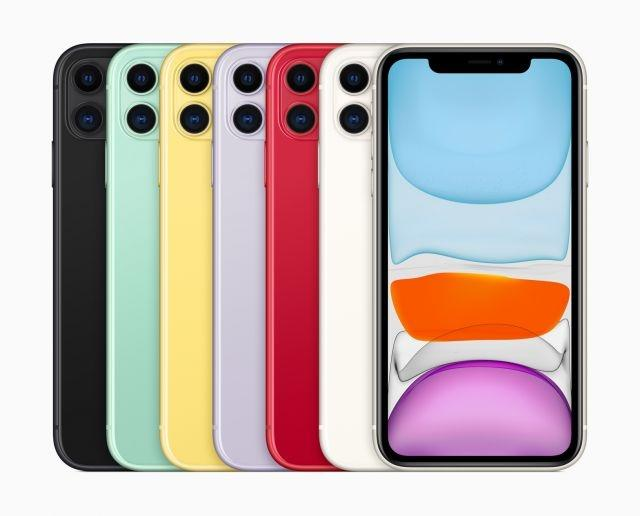 Apple carries over famously large notch to iPhone 11 series