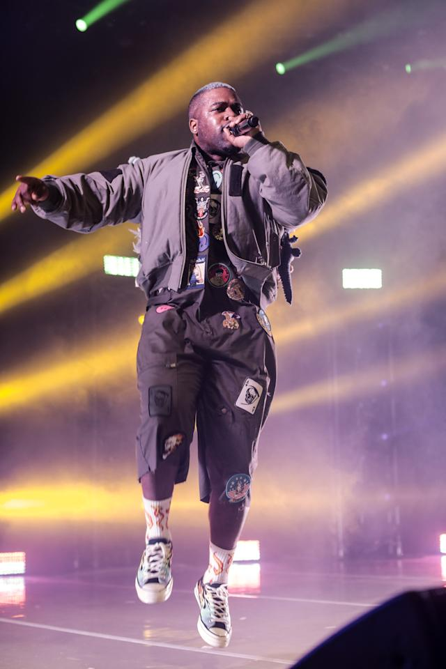 <p>WHERE: Performing at the Hollywood Palladium</p> <p>WHEN: November 27, 2019 </p> <p>WHY: Patches: making a comeback?</p>
