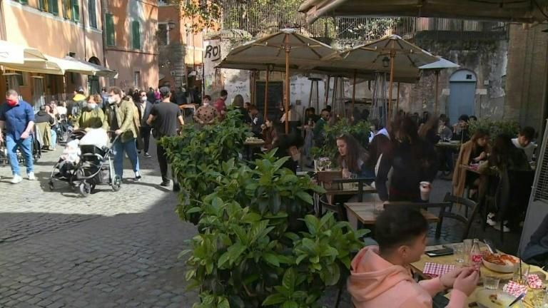Images of Rome on eve of partial lockdown for most of Italy