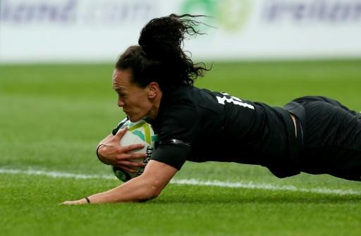 Woodman shines as New Zealand reach women's rugby World Cup final