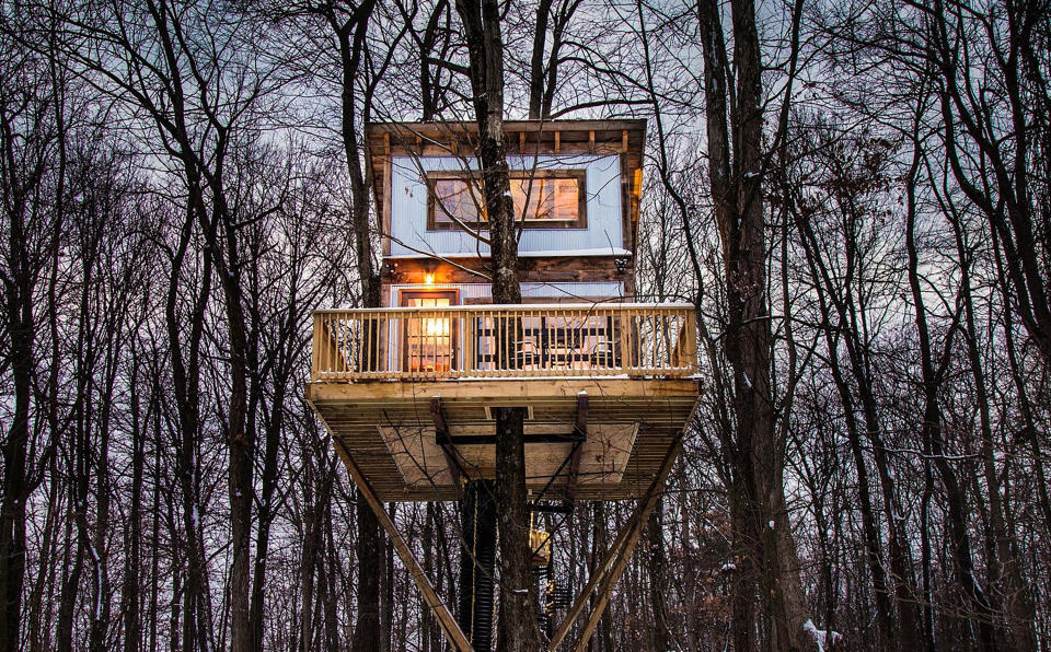 """This undated photo provided by The Mohicans Treehouse Resort and Wedding Venue shows """"Tin Shed"""" at The Mohicans Treehouse Resort and Wedding Venue in Glenmont, Ohio. (Chris McLelland via AP)"""
