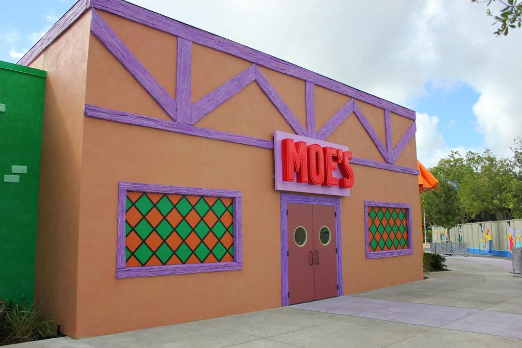 """But how quickly can it be converted into a sushi bar or a jazz nightclub, """"Moe's Cavern""""?<br /><br />Check out more photos at <a href=""""http://www.insidethemagic.net/2013/06/krusty-burger-moes-tavern-open-at-universal-orlando-where-simpsons-fast-food-boulevard-offers-a-taste-of-springfield/"""" target=""""_blank"""">InsidetheMagic.net</a>"""