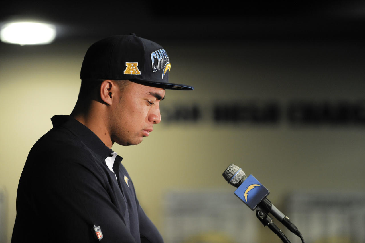 San Diego Chargers draft pick, inside linebacker Manti Te'o, from Notre Dame, listens to a question during an NFL football news conference held at the Chargers facility Saturday, April 27, 2013 in San Diego. (AP Photo/Denis Poroy)