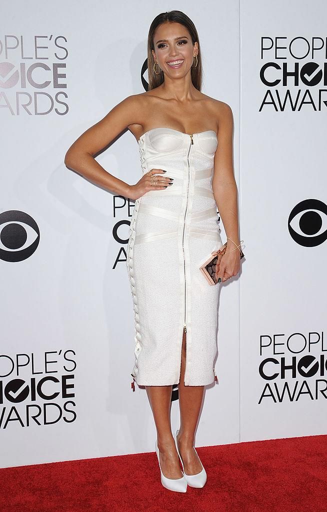 When doesn't this mom of two kill it? Here is Jessica Alba in 2014 in Jason Wu, one of Michelle Obama's go-to designers. (Photo: Getty Images)