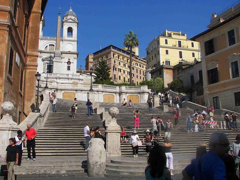 The Spanish Steps climb is a steep slope with 138 steps. Source: Wikimedia commons
