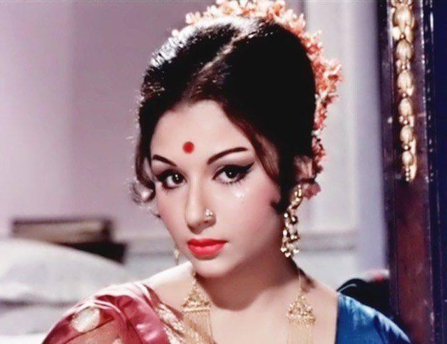 <p>Sharmila Tagore started her career when she was just a girl of thirteen. Her acting debut in Oscar-winning film-maker Satyajit Ray's classic, <em>Apur Sansaar </em>was widely lauded. In 1964, she was introduced to the Hindi audience by Shakti Samanta, and her acting chops coupled with adorable dimples won her a huge fan-base in no time. </p>